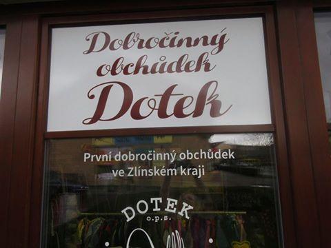 Dobročinný obchůdek Dotek
