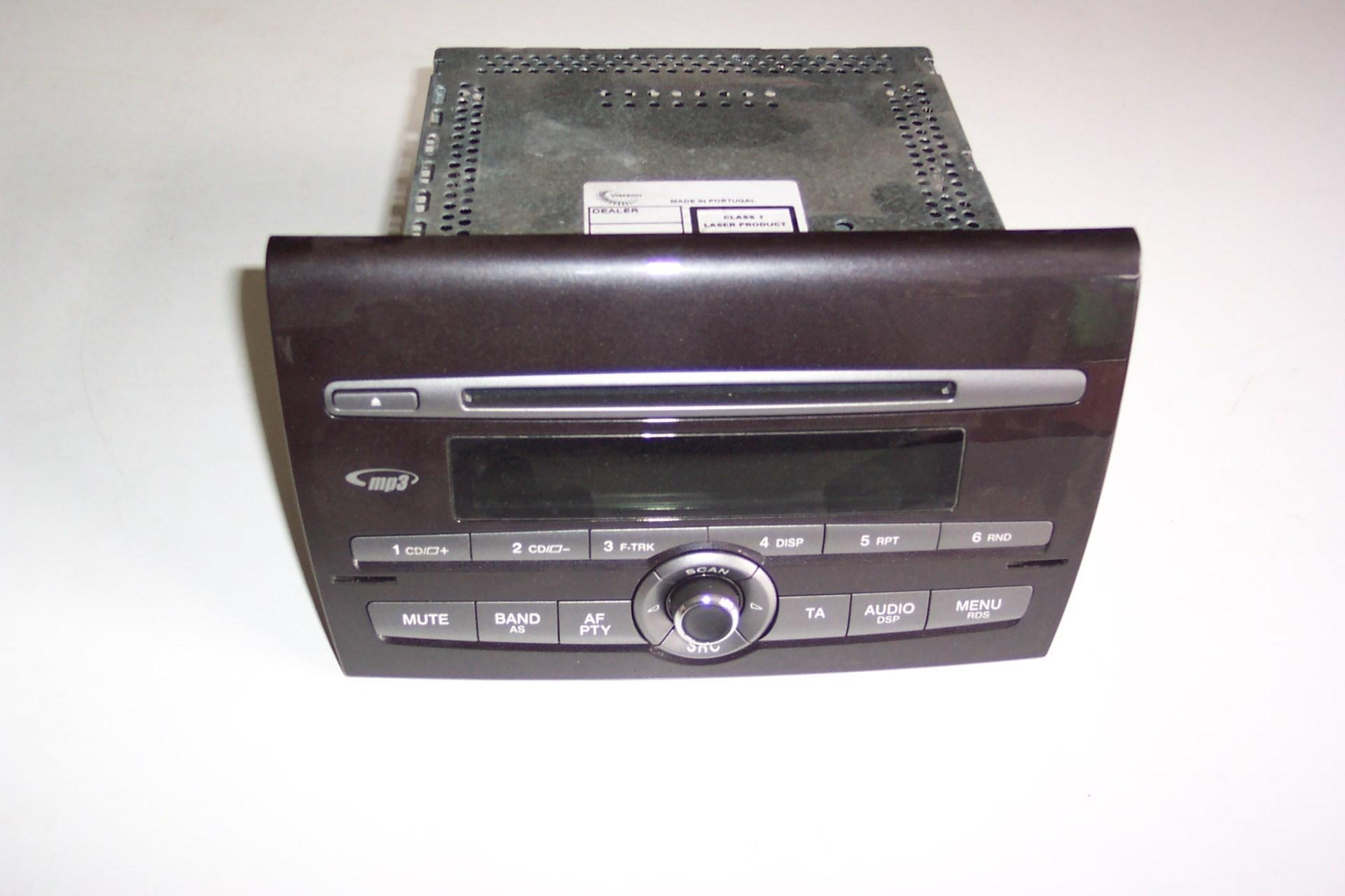 Auto radio Bravo 2