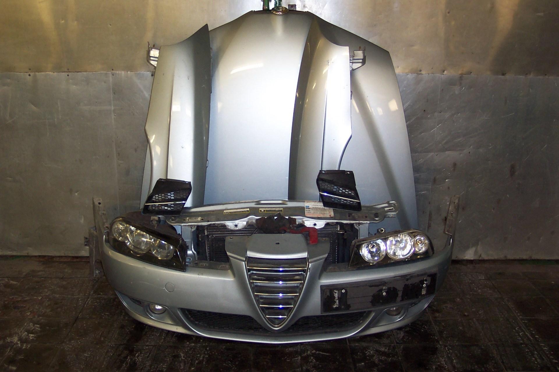 Alfa 156 nova díly na předek !!!